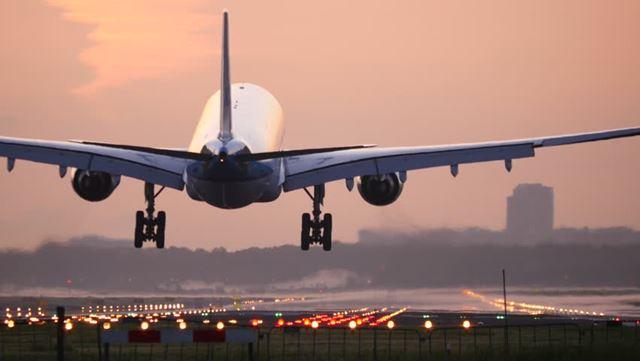 airplane_landing.jpg