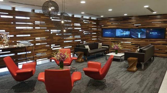 delta_chk-in_lounge.jpg