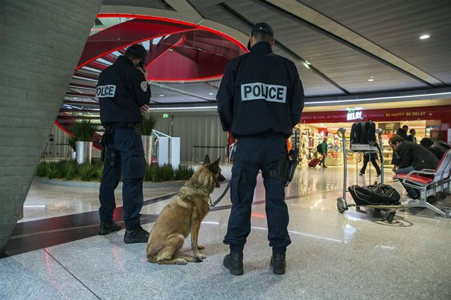 paris_police.jpg
