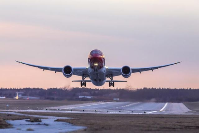 norwegian_b787.jpg