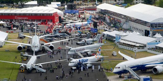 farnborough_airshow.jpg