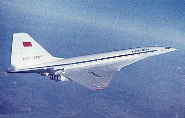 세계 최초의 초음속 여객기 Tu-144