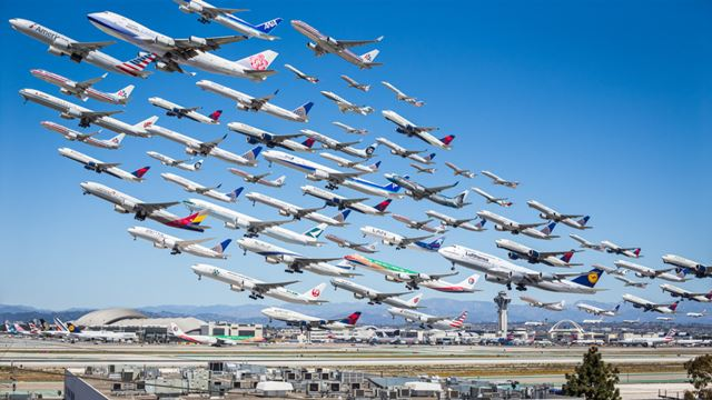 airplanes_lax.jpg