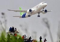 중국 상용 제트 여객기 C919, 초도 비행 성공