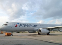 화장실 막혀 회항한 아메리칸항공 여객기