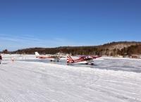 겨울이 되면 비행장이 되는 호수