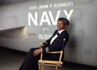 美 인종의 벽 넘은 최초 흑인 여성 해군 조종사, 은퇴