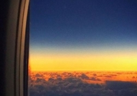 알라스카항공기 비행 중에 포착한 일식 장면