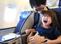 '아기 울지 않아!' ANA 36명 아기 태운 전세기 운항
