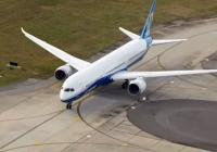 B787-10, A319neo 같은 날 초도 비행