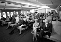1950~70년대 미국 항공사 기내 모습을 보여주는 사진