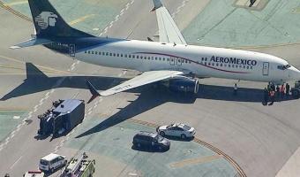 LA공항에서 항공기와 트럭 충돌해 8명 부상