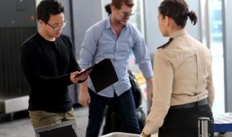 미국행 항공기 탑승 전 노트북·태블릿 전원 켠채 보여줘야