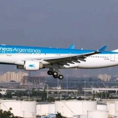 한 비행기에서 44명 무더기 코로나 확진, 칸쿤발 아르헨티나항공