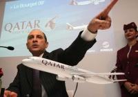 카타르항공 CEO, '미국행 항공편 전자제품 휴대 금지' 비난